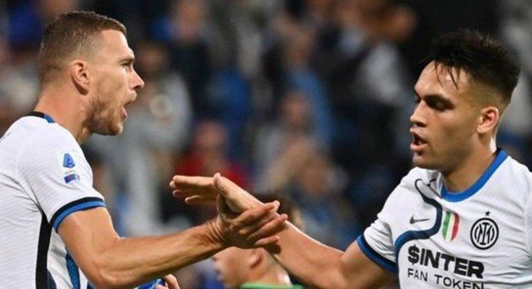 Dzeko e Lautaro Martínez, da Inter