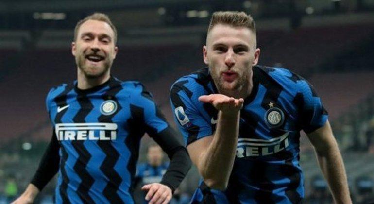 Eriksen e Skriniar, o Milan que garantiu a vantagem da Inter no Campeonato Italiano