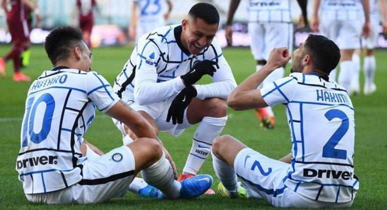 A Inter, celebração em estilo novo