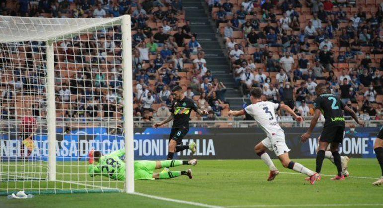 O momento do gol de Vecino, da Inter