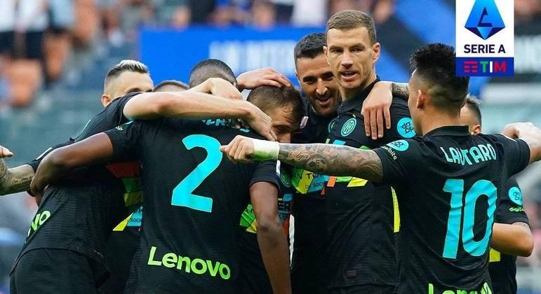 A Inter, arrasadora contra o Bologna