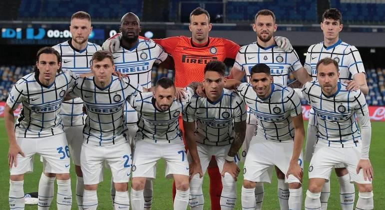 Uma das formações da Inter praticamente campeã da Velha Bota