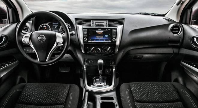 Para essa versão o carro ganhou a central multimídia A-IVI de 8? com espelhamento de Android Auto e Apple CarPlay