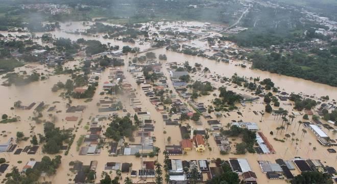 Inundação em Epitaciolândia e Brasiléia no Acre