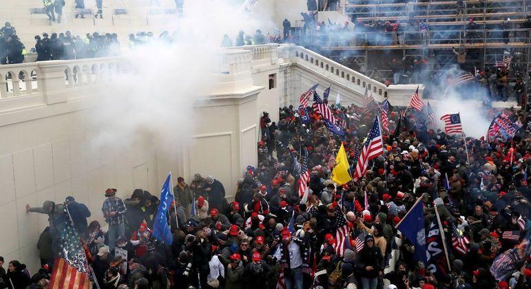 Apoiadores de Donald Trump invadiram o Capitólio no dia 6 de janeiro deste ano