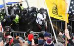 Supporters of U.S. President Donald Trump clash with police officers outside of the U.S. Capitol Building in Washington, U.S. January 6, 2021. REUTERS/Stephanie Keith