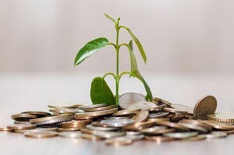 Investidores precisam pensar em títulos de longo prazo
