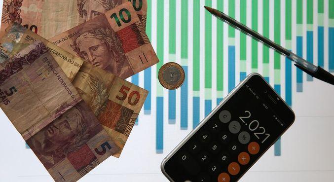 Depósitos somaram R$ 282,8 bilhões, enquanto os saques, R$ 290,5 bilhões