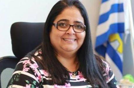"""Iolene Lima: """"dediquei minha vida para a educação"""""""