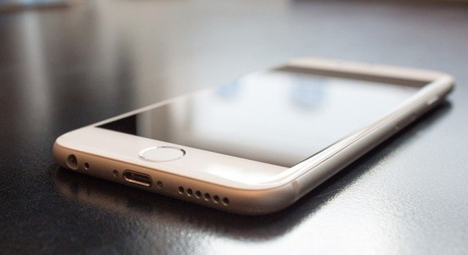 Hackers conseguiriam acessar informações sem desbloquear o iPhone