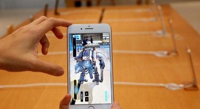 Apple compra startup que produz óculos de realidade aumentada ... 4b979fa352
