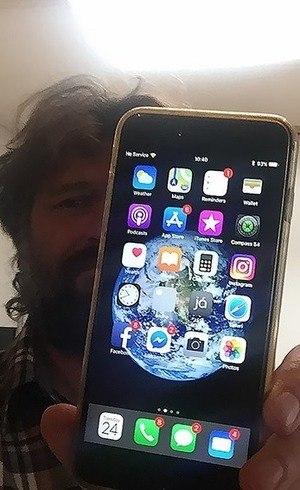 Fotógrafo encontra iPhone 6s depois de 1 ano perdido