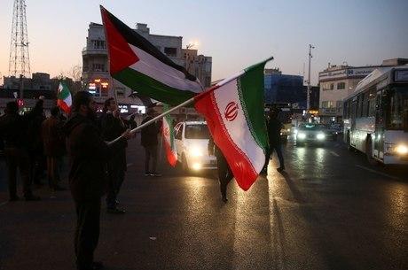 EUA veem recuo do Irã em ataque moderado
