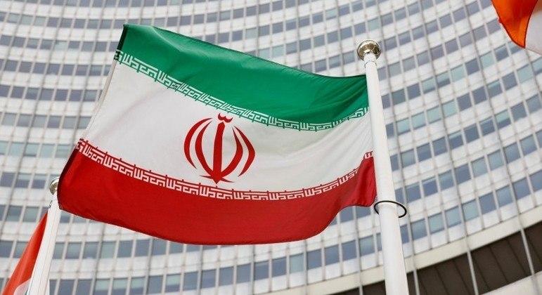 Irã retomará em breve negociações sobre cumprimento de acordo nuclear de 2015