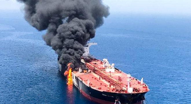 Dias atrás, EUA acusou o Irã de haver danificado um navio petroleiro