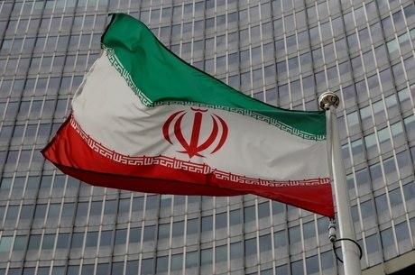 Irã critica insistência dos EUA por embargo