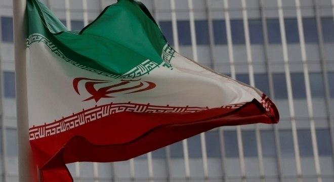 Anistia Internacional anunciou que mais de 100 pessoas morreram no Irã