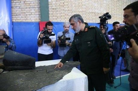 'Irã está pronto para uma grande guerra', diz Hajizadeh