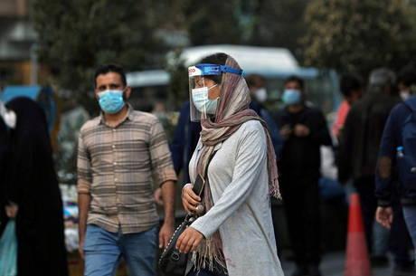 Irã supera 1 milhão de casos de covid-19