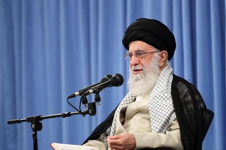 Khamenei não concorda com plano de paz dos EUA