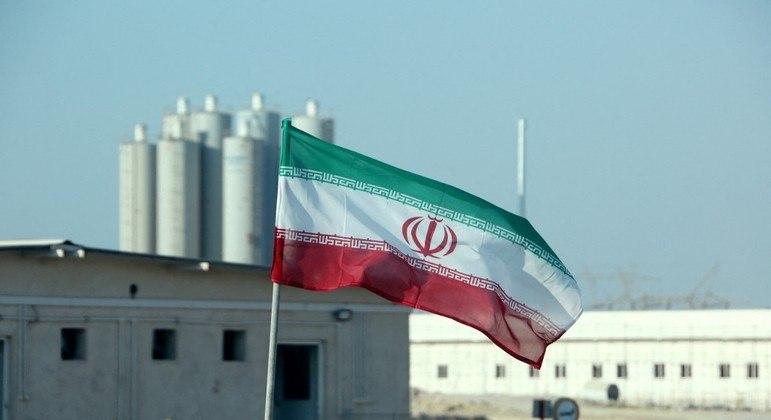 Irã anunciou que aumentará o grau enriquecimento de urânio em seu programa nuclear