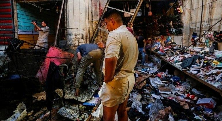 Ataque a bomba deixa mortos e feridos em mercado de Bagdá - Notícias - R7  Internacional