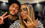 Rafaella é a única irmã do jogador, filhos do então casalNadine Santos e Neymar da Silva Santos, hoje, divorciados. Ela nasceu em 12 de março de 1997, em São PauloVeja também:Mãe de Neymar pega 'carona' na fama do filho e vira influenciadora