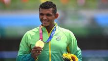 Isaquias Queiroz brilha e conquista o ouro na canoagem C1 1.000 m