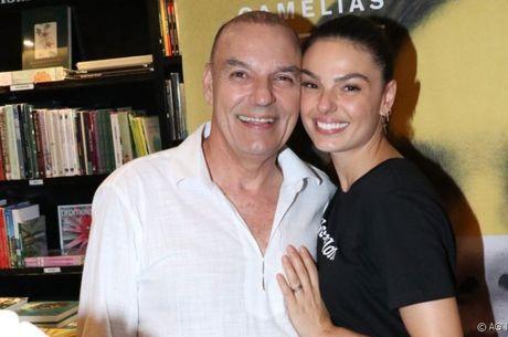 Rubens e Isis Valverde