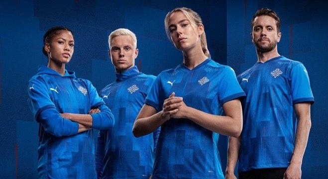 O novo símbolo e os novos uniformes da seleção da Islândia