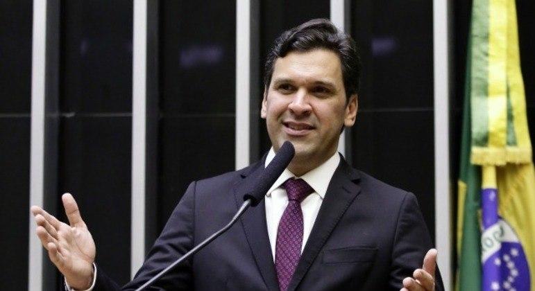 Reforma do IR está muito difícil, diz líder na Câmara