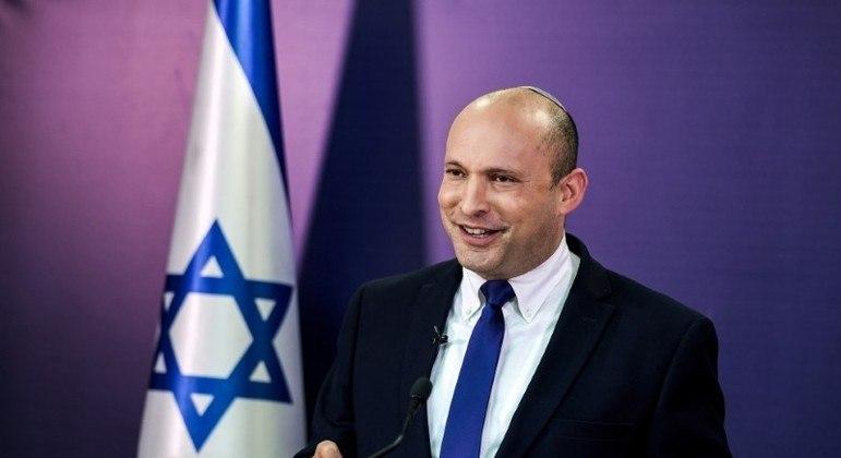 Coalizão de partidos assume o poder em Israel neste domingo (13)