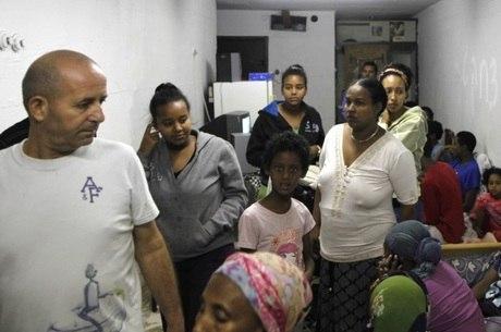 População de Israel se abriga durante bombardeio