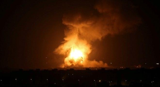 Aviões israelenses atacaram Gaza nesta quarta-feira (11)