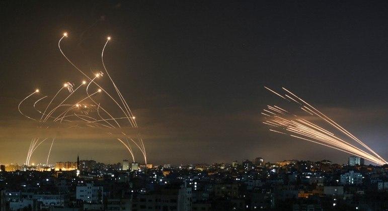 Faixa de Gaza, que divide Israel e Palestina, é uma zona de conflitos constantes