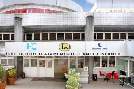 Hospital atende crianças e adolescentes com câncer