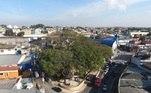 A Praça Silva Teles é um dos pontos centrais do bairro