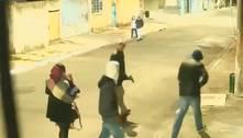 Grupo faz dois assaltos em menos de um minuto em SP. Veja o vídeo