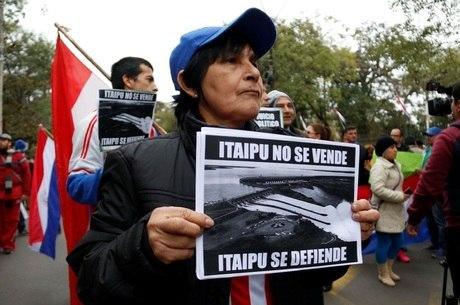 Acordo de Itaipu abriu crise política no Paraguai