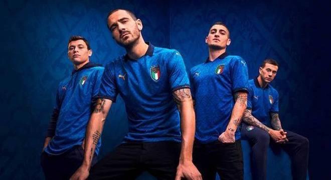"""O novo, e lindo, uniforme da """"Squadra Azzurra"""""""