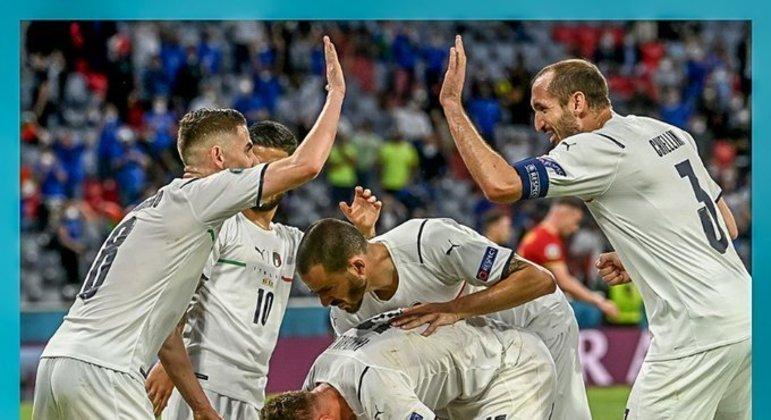 A Itália, agora na sua sexta aparição nas semis da Euro