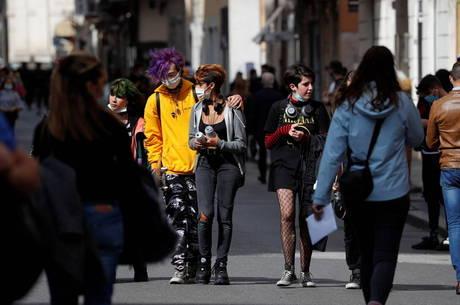 Itália tem recorde de casos diários