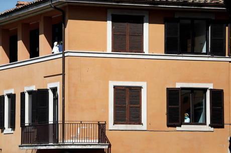 Itália multa mais de 27 mil pessoas em quarentena