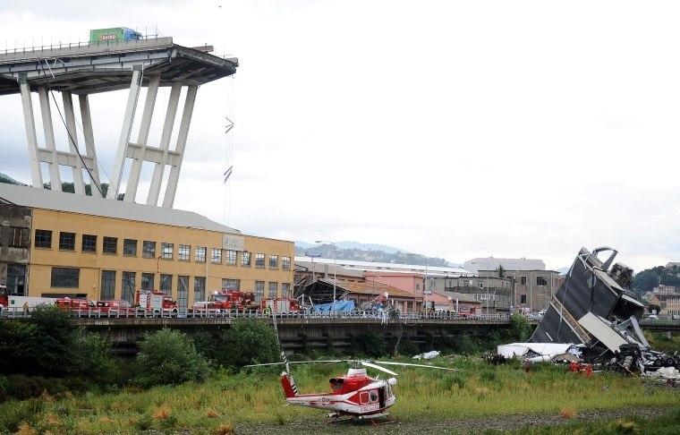 Itália busca sobreviventes após colapso de ponte