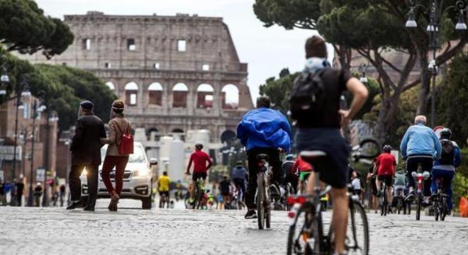 Itália libertou 376 presos por motivos de saúde durante a pandemia