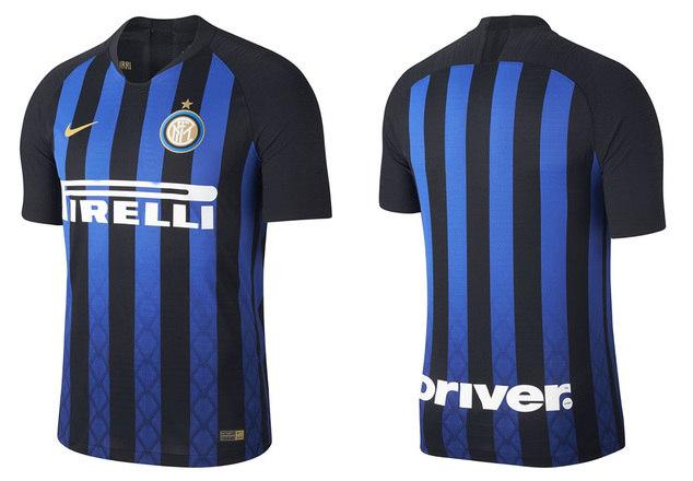 73d8672542 Inter de Milão   Camisa titular – O manto da Internazionale para esta  temporada possui as faixas tradicionais em azul e preto