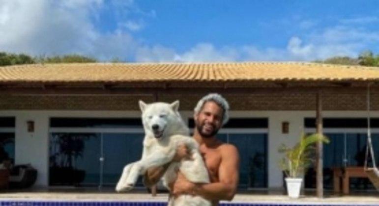 Italo Ferreira - Casa