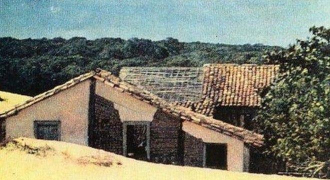 Dunas adentram a antiga vila: processo de soterramento levou aproximadamente uma década