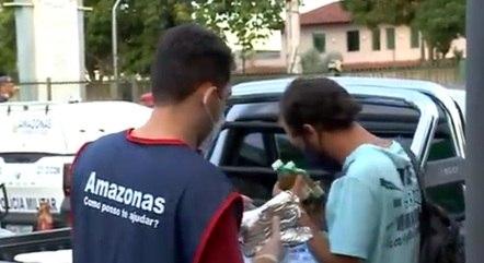 Voluntários levaram ajuda humanitária