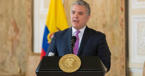 Colômbia aprova uso emergencial de vacina da Pfizer contra covid-19